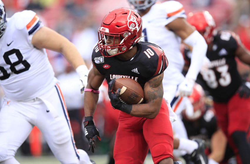 LOUISVILLE, KENTUCKY - OCTOBER 26: Javian Hawkins #10 of the Louisville Cardinals runs with the ball against the Virginia Cavaliers on October 26, 2019 in Louisville, Kentucky. (Photo by Andy Lyons/Getty Images)