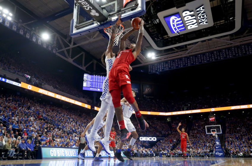 LEXINGTON, KENTUCKY - DECEMBER 28: Malik Williams #5 of the Louisville Cardinals shoots the ball against the Kentucky Wildcats at Rupp Arena on December 28, 2019 in Lexington, Kentucky. (Photo by Andy Lyons/Getty Images)