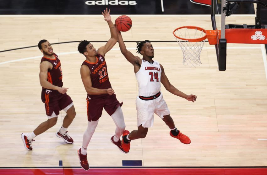 Jae'Lyn Withers #24 of the Louisville Cardinals (Photo by Andy Lyons/Getty Images)