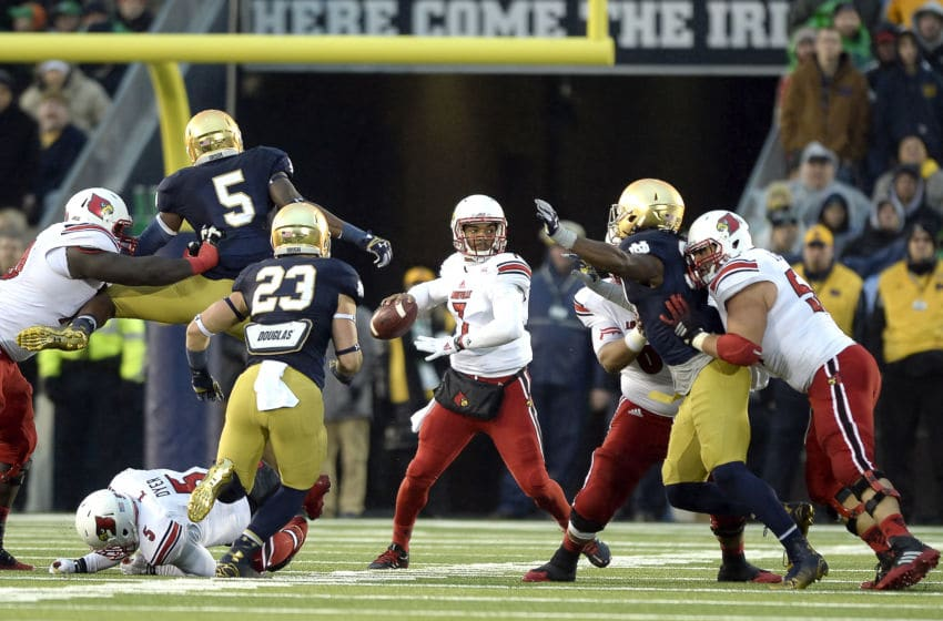 22 November, 2014: Louisville Cardinals quarterback Reggie Bonnafon (7) in action during a game between the Louisville Cardinals and the Notre Dame Fighting Irish at Notre Dame Stadium in South Bend, IN. (Photo by Robin Alam/Icon Sportswire/Corbis via Getty Images)