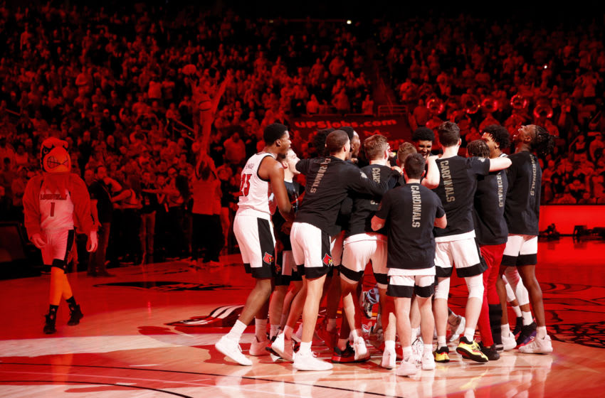 LOUISVILLE, KY - FEBRUARY 05: Louisville Cardinals players huddle together prior to the start of a game against the Wake Forest Demon Deacons at KFC YUM! Center on February 5, 2020 in Louisville, Kentucky. Louisville defeated Wake Forest 86-76. (Photo by Joe Robbins/Getty Images)