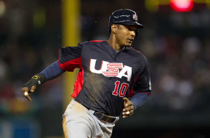PHOENIX, AZ - MARCH 09: Adam Jones #10 of Team USA runs against Team Italy during the World Baseball Classic First Round Group D game on March 9, 2013 at Chase Field in Phoenix, Arizona. (Photo by Brace Hemmelgarn/Minnesota Twins/Getty Images)