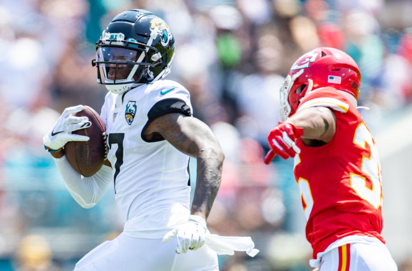 JACKSONVILLE, FLORIDA - SEPTEMBER 08: D.J. Chark #17 of the Jacksonville Jaguars runs for yardage during a game against the Kansas City Chiefs at TIAA Bank Field on September 08, 2019 in Jacksonville, Florida. (Photo by James Gilbert/Getty Images)