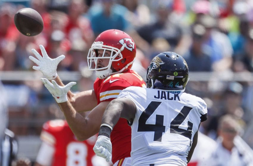 JACKSONVILLE, FLORIDA - SEPTEMBER 08: Travis Kelce #87 of the Kansas City Chiefs catches a pass against Myles Jack #44 of the Jacksonville Jaguars at TIAA Bank Field on September 08, 2019 in Jacksonville, Florida. (Photo by James Gilbert/Getty Images)