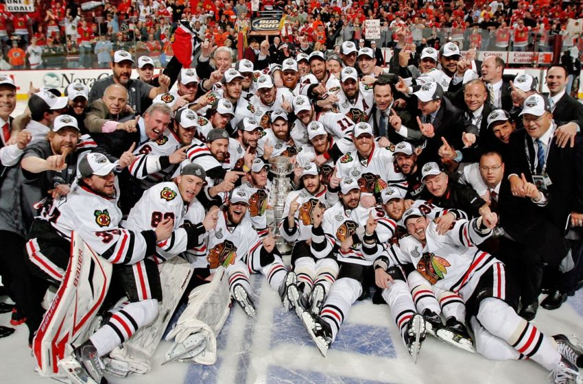 PHILADELPHIA - JUNE 09: Members of the Chicago Blackhawks celebrate winning the Stanley Cup after defeating the Philadelphia Flyers 4-3 in Game Six of the 2010 NHL Stanley Cup Final at the Wachovia Center on June 9, 2010 in Philadelphia, Pennsylvania. (Photo by Len Redkoles/NHLI via Getty Images)
