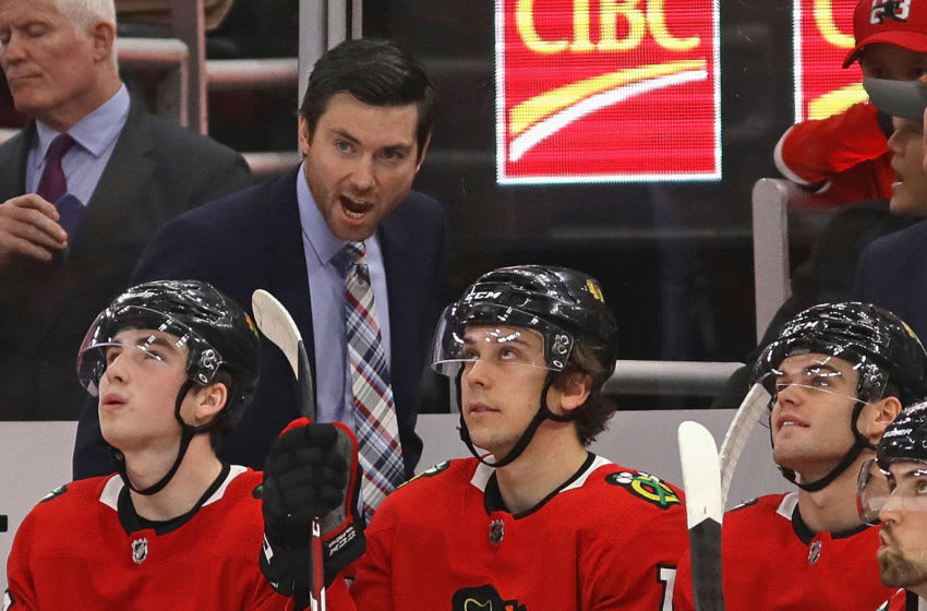 CHICAGO, ILLINOIS - DECEMBER 27: Head coach Jeremy Colliton of the Chicago Blackhawks gives instructions to his team during a game against the New York Islanders at the United Center on December 27, 2019 in Chicago, Illinois. (Photo by Jonathan Daniel/Getty Images)