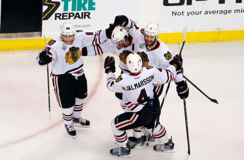 Chicago Blackhawks, Niklas Hjalmarsson, (Photo by Jim Rogash/Getty Images)
