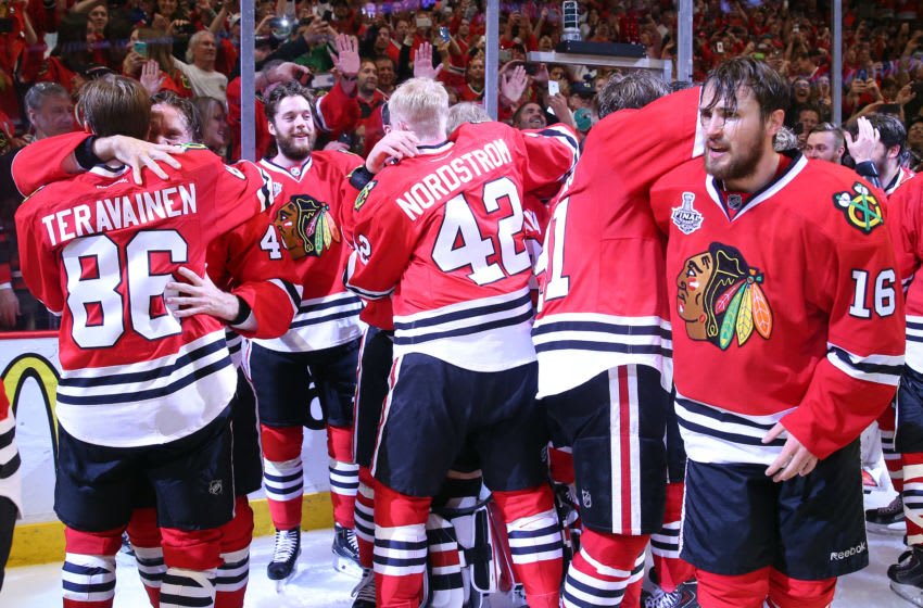 Chicago Blackhawks, Marcus Kruger, Teuvo Teravainen (Photo by Bruce Bennett/Getty Images)