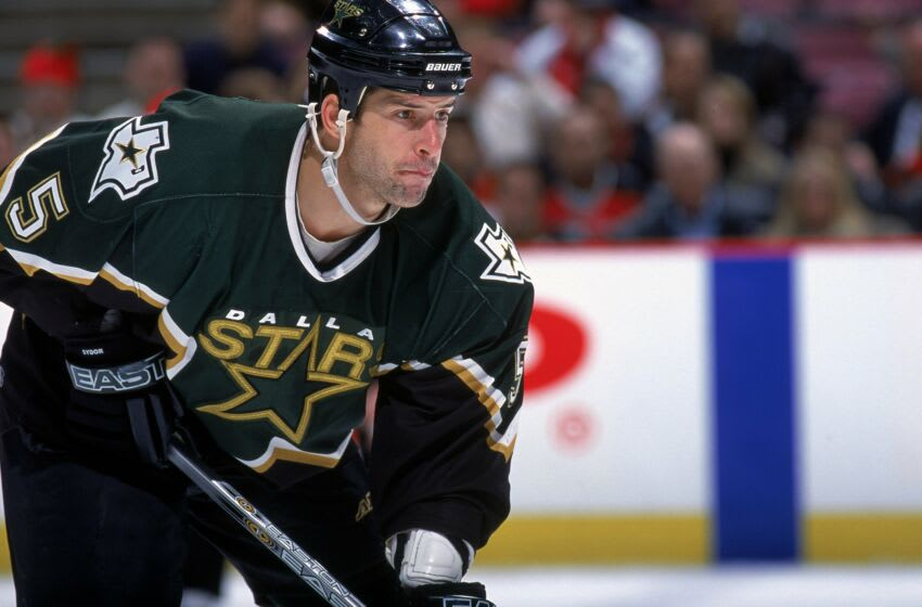 20 Dec 2000: A close up of Darryl Sydor #5 of the Dallas Stars as he is ready on the ice during the game against the New Jersey Devils at the Continental Airlines Arena in East Rutherford, New Jersey. The Devils defeated the Stars 4-1.Mandatory Credit: Jamie Squire /Allsport