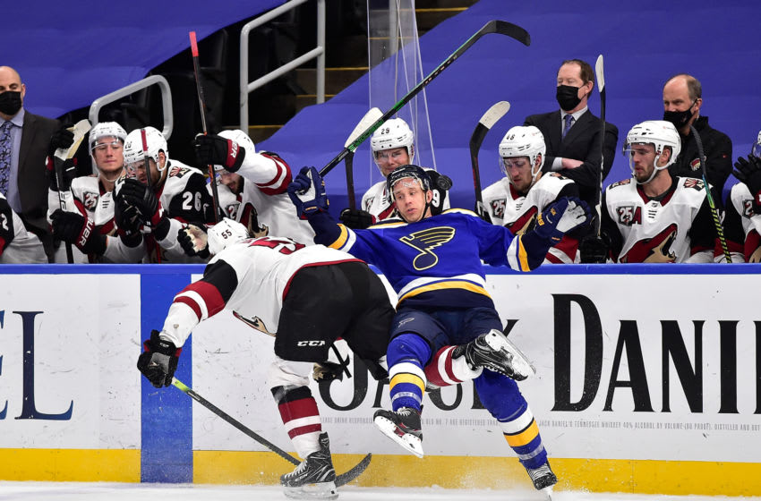 St. Louis Blues left wing Jaden Schwartz (17) Mandatory Credit: Jeff Curry-USA TODAY Sports