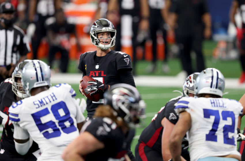 ARLINGTON, TEXAS - SEPTEMBER 20: Matt Ryan #2 of the Atlanta Falcons looks for an open receiver against the Dallas Cowboys in the second half at AT&T Stadium on September 20, 2020 in Arlington, Texas. (Photo by Tom Pennington/Getty Images)