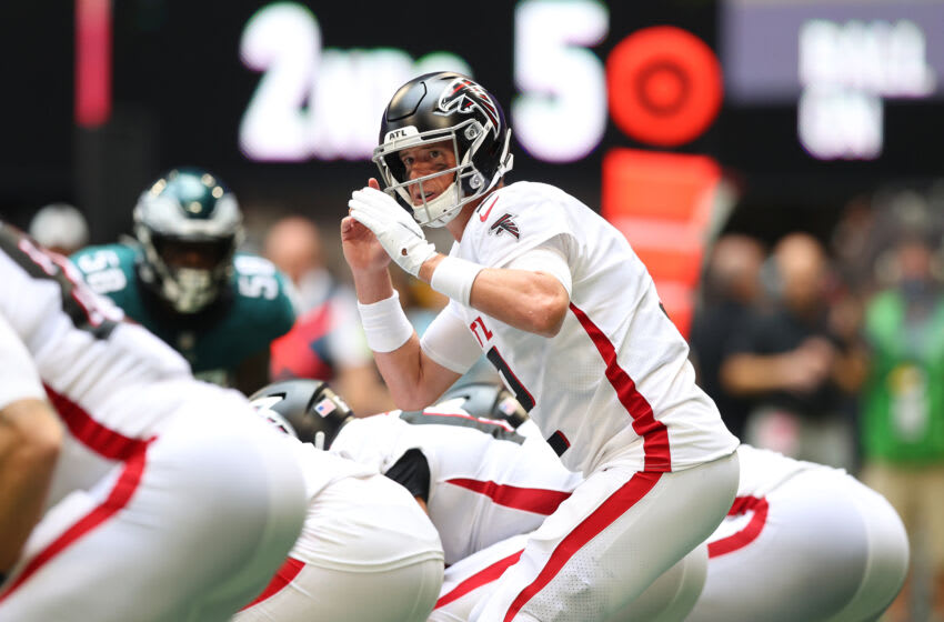ATLANTA, GEORGIA - SEPTEMBER 12: Matt Ryan #2 of the Atlanta Falcons makes a call at the line of scrimmage during the game against the Philadelphia Eagles at Mercedes-Benz Stadium on September 12, 2021 in Atlanta, Georgia. (Photo by Todd Kirkland/Getty Images)