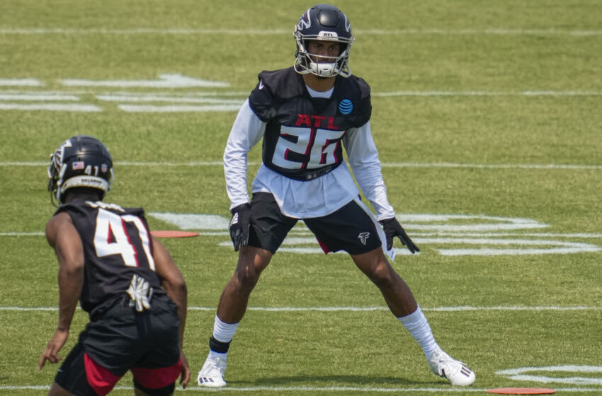 May 25, 2021; Flowery Branch, GA, USA; Atlanta Falcons cornerback Isaiah Oliver (26) on the field during Falcons OTA at the Falcons Training Complex. Mandatory Credit: Dale Zanine-USA TODAY Sports