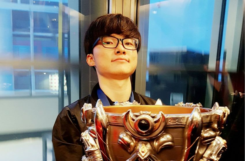 Faker with the 2016 Summoner's Cup, courtesy of Riot Games