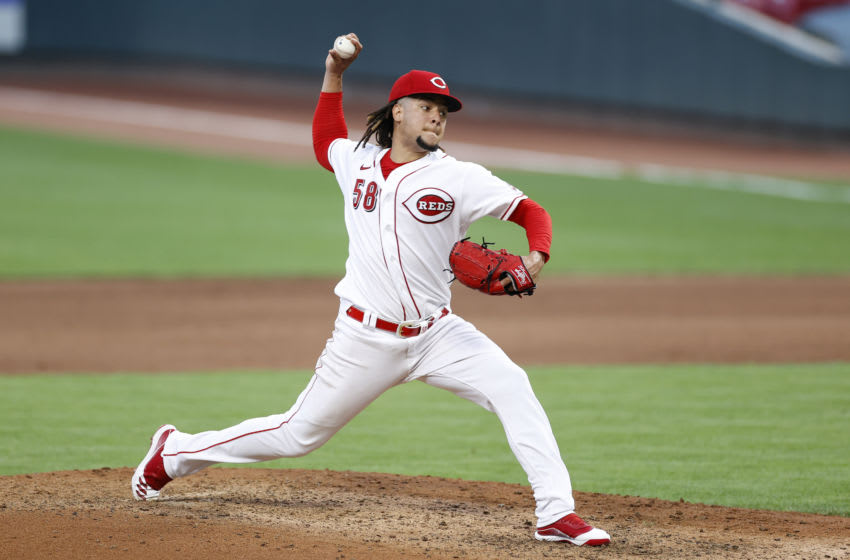 CINCINNATI, OH - AUGUST 11: Luis Castillo #58 of the Cincinnati Reds pitches during a game. (Photo by Joe Robbins/Getty Images)