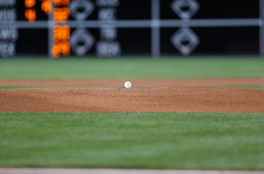 PHILADELPHIA, PA - JUNE 04: A baseball sits on the mound before the game between the Cincinnati Reds (Photo by Brian Garfinkel/Getty Images)