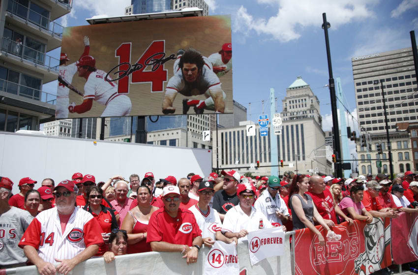 CINCINNATI, OH - JUNE 17: Fans gather during the statue dedication for former Cincinnati Reds Pete Rose prior to a game against the Los Angeles Dodgers at Great American Ball Park on June 17, 2017 in Cincinnati, Ohio. (Photo by Joe Robbins/Getty Images)