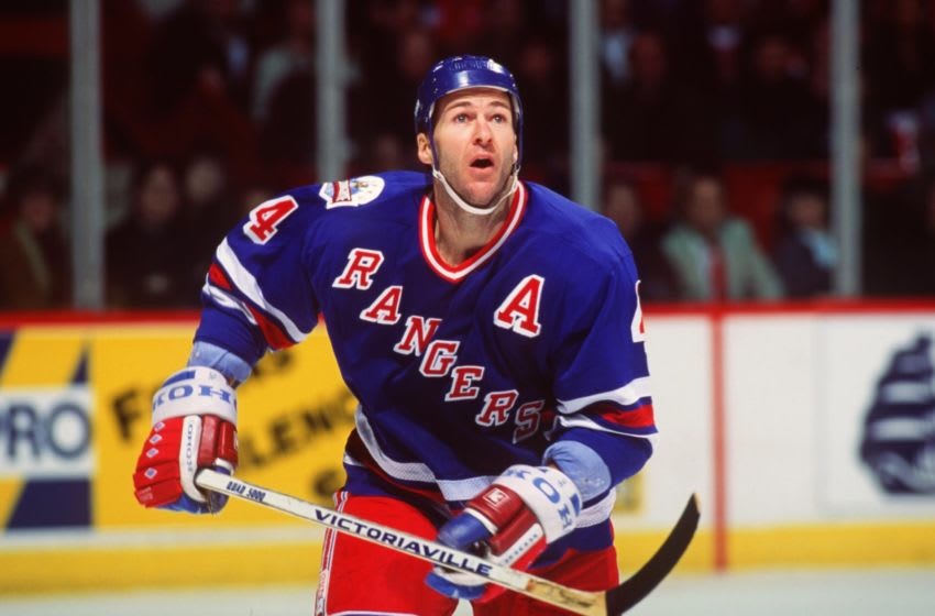 KEVIN LOWE OF THE NEW YORK RANGERS (Robert Laberge/ALLSPORT)