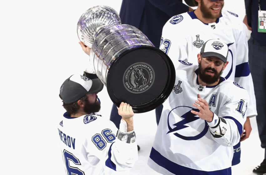 EDMONTON, ALBERTA - SEPTEMBER 28: Nikita Kucherov #86 and Alex Killorn #17 of the Tampa Bay Lightning skate with the Stanley Cup following the series-winning victory over the Dallas Stars in Game Six of the 2020 NHL Stanley Cup Final at Rogers Place on September 28, 2020 in Edmonton, Alberta, Canada. (Photo by Bruce Bennett/Getty Images)