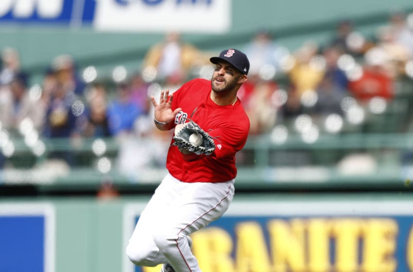 BOSTON, MASSACHUSETTS - APRIL 23: J.D. Martinez #28 of the Boston Red Sox makes a catch at the top of the eighth inning of game one of the doubleheader against the Detroit Tigers at Fenway Park on April 23, 2019 in Boston, Massachusetts. (Photo by Omar Rawlings/Getty Images)