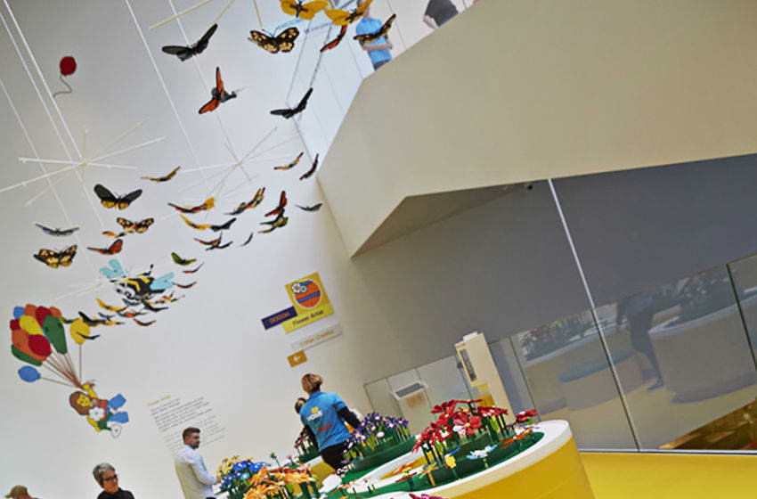 Photo Credit: LEGO House Flower Artist/The LEGO Group Image Acquired from LEGO Media Library