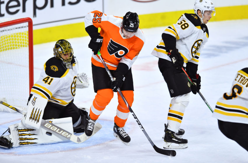 PHILADELPHIA, PA - SEPTEMBER 19: Flyers LW James van Riemsdyk (25) looks to deflect a shot saved by Bruins G Jaroslav Halak (41) in the second period during the game between the Boston Bruins and Philadelphia Flyers on September 19, 2019 at Wells Fargo Center in Philadelphia, PA. (Photo by Kyle Ross/Icon Sportswire via Getty Images)