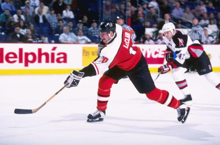 John LeClair, Philadelphia Flyers (Mandatory Credit: Rick Stewart /Allsport)