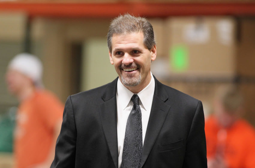 PHILADELPHIA , PA - OCTOBER 15: Ron Hextall of the Los Angeles Kings enters the Arena prior to his game against the Philadelphia Flyers on October 15, 2011 at the Wells Fargo Center in Philadelphia, Pennsylvania. (Photo by Len Redkoles/NHLI via Getty Images)