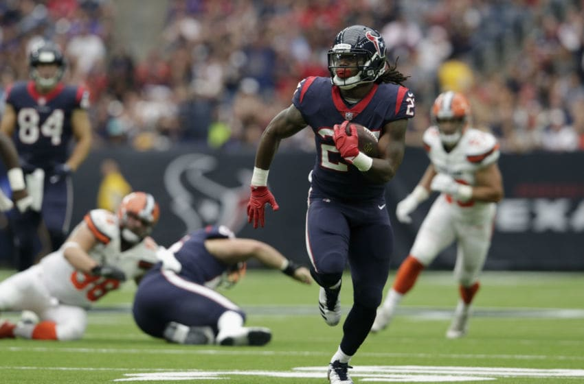HOUSTON, TX - OCTOBER 15: D'Onta Foreman #27 of the Houston Texans runs the ball in the second quarter against the Cleveland Browns at NRG Stadium on October 15, 2017 in Houston, Texas. (Photo by Tim Warner/Getty Images)