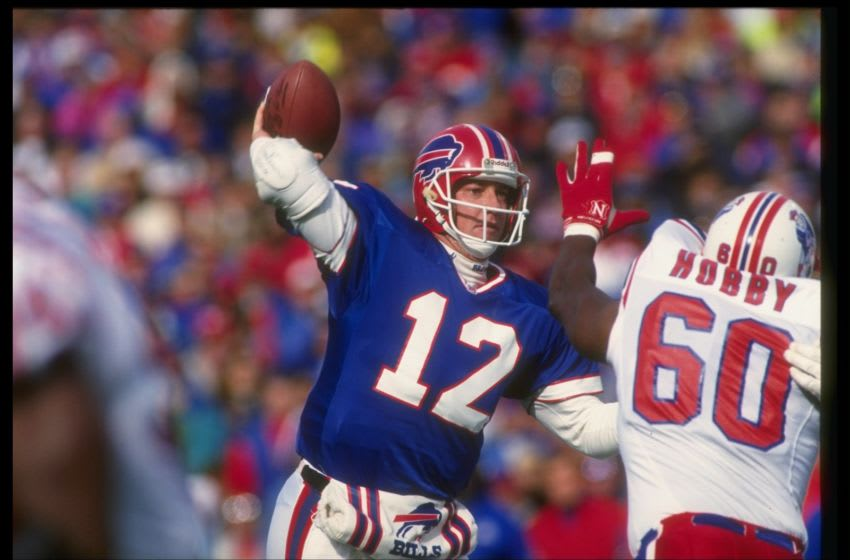 Jim Kelly, Buffalo Bills. Mandatory Credit: Rick Stewart /Allsport