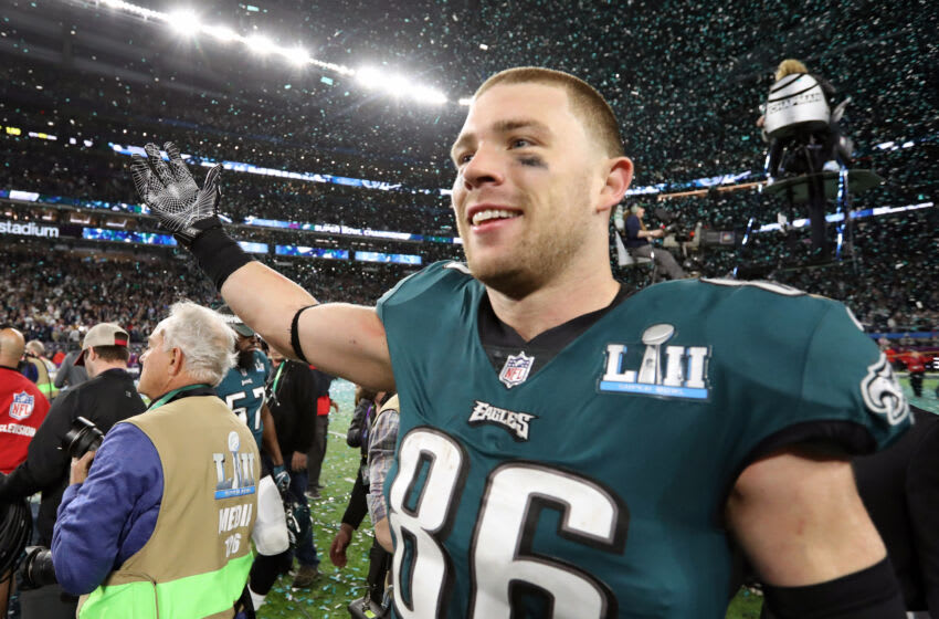 Feb 4, 2018; Minneapolis, MN, USA; Philadelphia Eagles tight end Zach Ertz (86) celebrates after defeating the New England Patriots 41-33 in Super Bowl LII at U.S. Bank Stadium. Mandatory Credit: Matthew Emmons-USA TODAY Sports