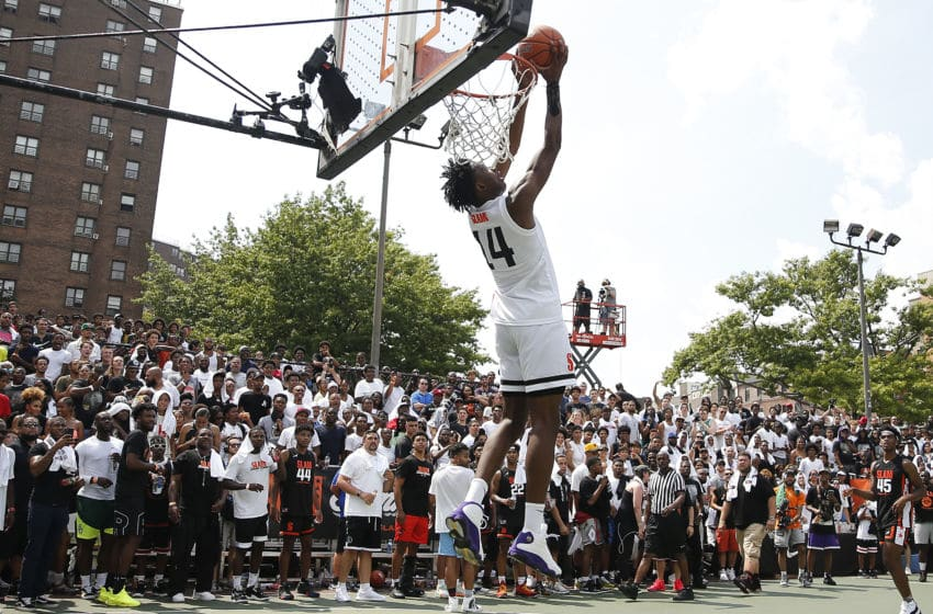 NEW YORK, NEW YORK - AUGUST 18: Jonathan Kuminga #14 of Team Jimma dunks during the SLAM Summer Classic 2019 at Dyckman Park on August 18, 2019 in New York City. (Photo by Michael Reaves/Getty Images)