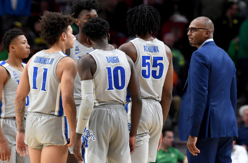 PORTLAND, OREGON - NOVEMBER 12: Head coach Penny Hardaway of the Memphis Tigers speaks with his team during a time out during the second half of the game against the Oregon Ducks at Moda Center on November 12, 2019 in Portland, Oregon. Oregon won the game 82-74. (Photo by Steve Dykes/Getty Images)