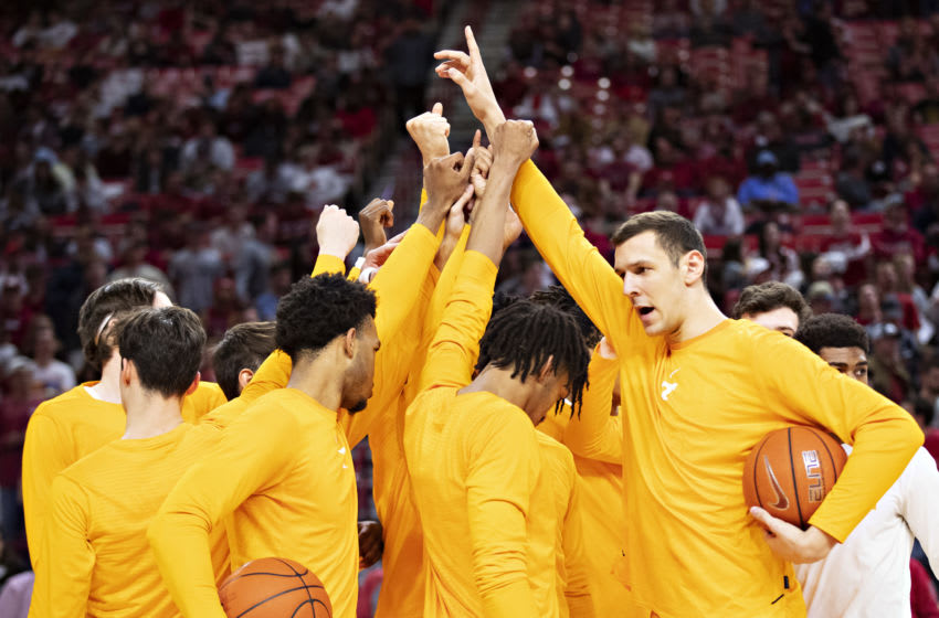 FAYETTEVILLE, AR - FEBRUARY 26: Tennessee Volunteers huddle together before a game against the Arkansas Razorbacks at Bud Walton Arena on February 26, 2020 in Fayetteville, Arkansas. The Razorbacks defeated the Volunteers 86-69. (Photo by Wesley Hitt/Getty Images)