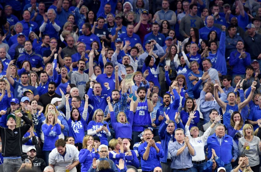 LAS VEGAS, NV - DECEMBER 17: Kentucky Wildcats fans react after the team scored against the North Carolina Tar Heels during the CBS Sports Classic at T-Mobile Arena on December 17, 2016 in Las Vegas, Nevada. Kentucky won 103-100. (Photo by Ethan Miller/Getty Images)