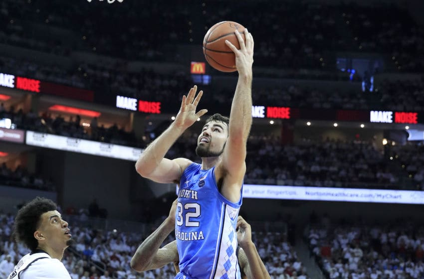 LOUISVILLE, KENTUCKY - FEBRUARY 02: Luke Maye #32 of the North Carolina Tar Heels shoots the ball against the Louisville Cardinals at KFC YUM! Center on February 02, 2019 in Louisville, Kentucky. (Photo by Andy Lyons/Getty Images)