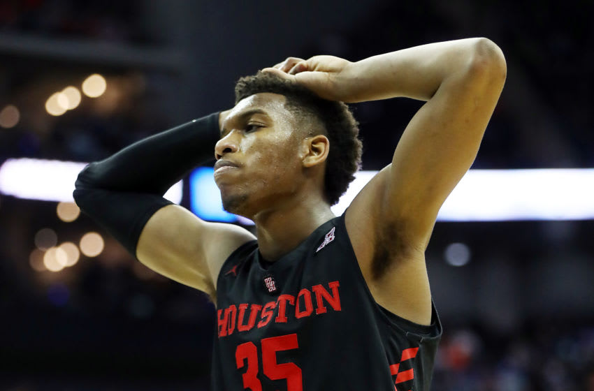 KANSAS CITY, MISSOURI - MARCH 29: Fabian White Jr. #35 of the Houston Cougars reacts against the Kentucky Wildcats during the 2019 NCAA Basketball Tournament Midwest Regional at Sprint Center on March 29, 2019 in Kansas City, Missouri. (Photo by Jamie Squire/Getty Images)