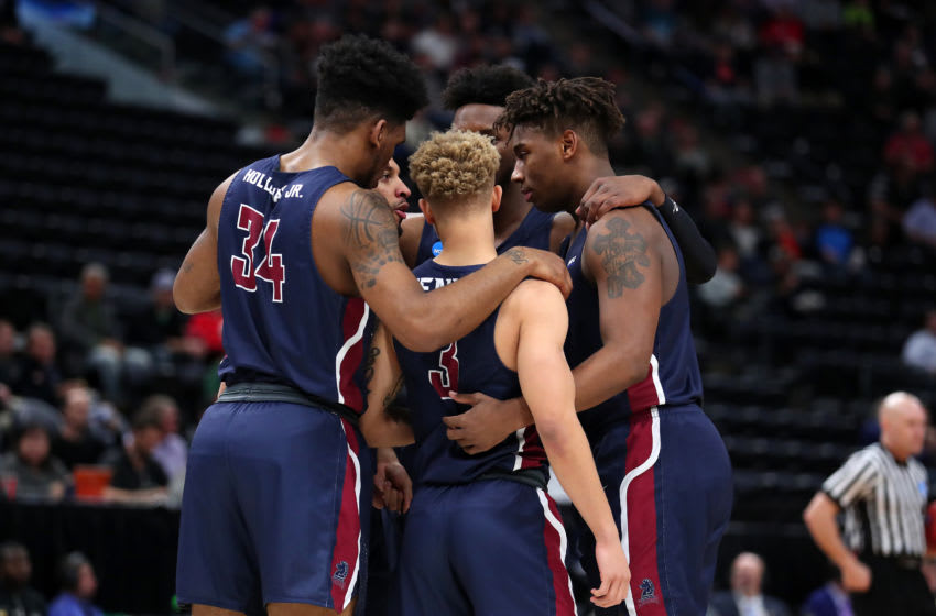 SALT LAKE CITY, UTAH - MARCH 21: The Fairleigh Dickinson Knights huddle before taking on the Gonzaga Bulldogs during the first half in the first round of the 2019 NCAA Men's Basketball Tournament dat Vivint Smart Home Arena on March 21, 2019 in Salt Lake City, Utah. (Photo by Tom Pennington/Getty Images)