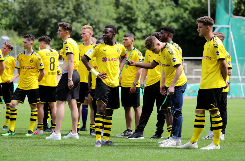 DORTMUND, GERMANY - JUNE 16: The team of Dortmund looks dejected after losing 2the B-Juniors Bundesliga Final match between Borussia Dortmund and 1. FC Koeln at Stadium Rote Erde on June 16, 2019 in Dortmund, Germany. The match between Dortmund and Koeln ended 2-3. (Photo by Christof Koepsel/Bongarts/Getty Images)