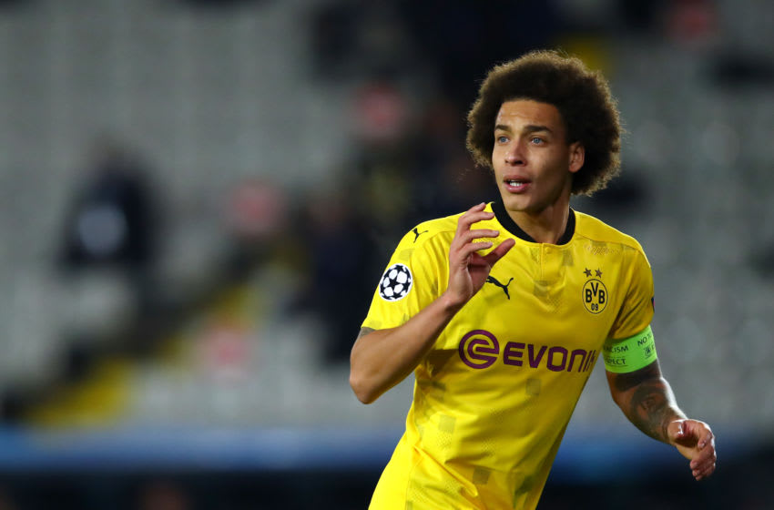 Borussia Dortmund will not be signing an injury replacement for Axel Witsel (Photo by Dean Mouhtaropoulos/Getty Images)