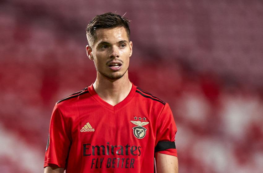 Julian Weigl (Photo by Jose Manuel Alvarez/Quality Sport Images/Getty Images)