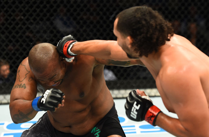 PITTSBURGH, PA - SEPTEMBER 16: (R-L) Justin Ledet punches Zu Anyanwu in their heavyweight bout during the UFC Fight Night event inside the PPG Paints Arena on September 16, 2017 in Pittsburgh, Pennsylvania. (Photo by Josh Hedges/Zuffa LLC/Zuffa LLC via Getty Images)