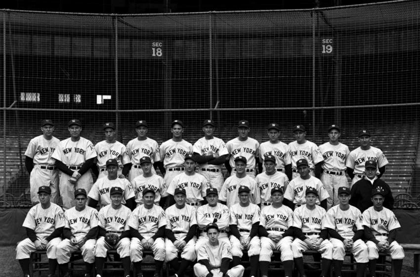 NEW YORK - SEPTEMBER, 1939: Members of the New York Yankees pose for a portrait on September, 1939 prior to the start of the World Series against the Cincinnati Reds at Yankee Stadium in New York, New York. Those pictured include (L to R) (first row) Warren