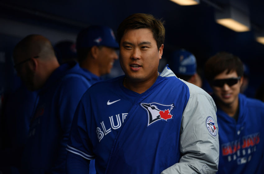 DUNEDIN, FLORIDA - FEBRUARY 27: Hyun-Jin Ryu #99 of the Toronto Blue Jays heads to the locker room after pitching in the spring training game against the Minnesota Twins at TD Ballpark on February 27, 2020 in Dunedin, Florida. (Photo by Mark Brown/Getty Images)