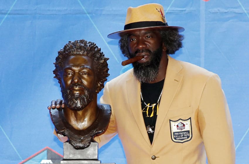 CANTON, OH - AUGUST 03: Ed Reed with his bust during his enshrinement into the Pro Football Hall of Fame at Tom Benson Hall Of Fame Stadium on August 3, 2019 in Canton, Ohio. (Photo by Joe Robbins/Getty Images)