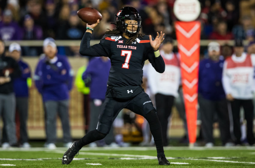 LUBBOCK, TEXAS - NOVEMBER 23: Quarterback Jett Duffey #7 of the Texas Tech Red Raiders passes the ball during the first half of the college football game against the Kansas State Wildcats on November 23, 2019 at Jones AT&T Stadium in Lubbock, Texas. (Photo by John E. Moore III/Getty Images)