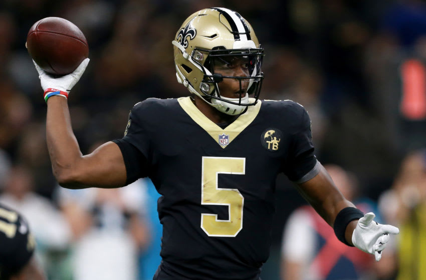 NEW ORLEANS, LOUISIANA - DECEMBER 30: Teddy Bridgewater #5 of the New Orleans Saints throws the ball during the second half against the Carolina Panthers at the Mercedes-Benz Superdome on December 30, 2018 in New Orleans, Louisiana. (Photo by Sean Gardner/Getty Images)