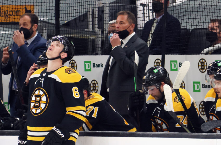 BOSTON, MASSACHUSETTS - MAY 31: Head coach Bruce Cassidy of the Boston Bruins handles the bench during the second period against the New York Islanders in Game Two of the Second Round of the 2021 Stanley Cup Playoffs at the TD Garden on May 31, 2021 in Boston, Massachusetts. (Photo by Bruce Bennett/Getty Images)