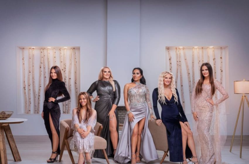 THE REAL HOUSEWIVES OF SALT LAKE CITY -- Season:1 -- Pictured: (l-r) Lisa Barlow, Mary Cosby, Heather Gay, Jen Shah, Whitney Rose, Meredith Marks -- (Photo by: Chad Kirkland/Bravo)