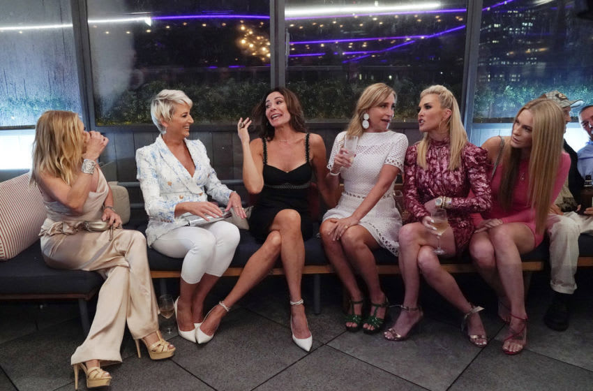 THE REAL HOUSEWIVES OF NEW YORK CITY, Ramona Singer, Dorinda Medley, Luann de Lesseps, Sonja Morgan, Tinsley Mortimer, Leah McSweeney (Photo by: Heidi Gutman/Bravo)